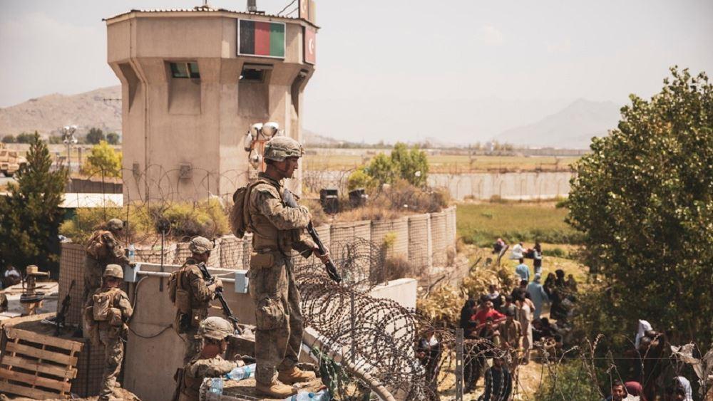 Οι Ρεπουμπλικανοί ζητούν να καθυστερήσει η αποχώρηση από το Αφγανιστάν μετά τις επιθέσεις στην Καμπούλ