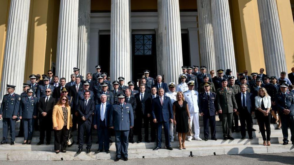 Με επιδείξεις της ΕΚΑΜ εορτάστηκε σήμερα η Ημέρα της Αστυνομίας στο Ζάππειο