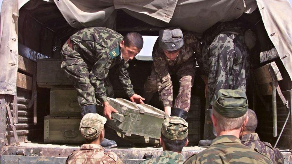 Τατζικιστάν στρατιωτες