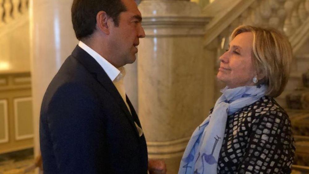 Τι συζήτησαν Τσίπρας με Χίλαρι Κλίντον στο Κόμο