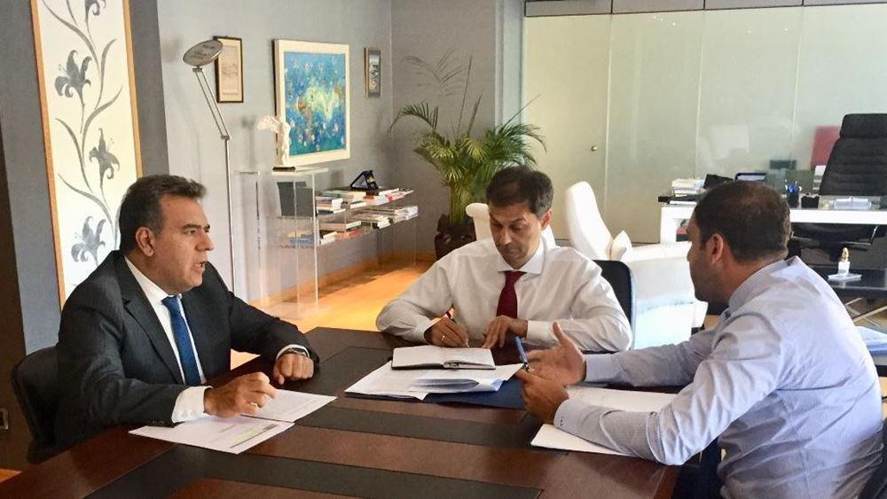 Συνάντηση της πολιτικής ηγεσίας του υπ. Τουρισμού με τον υφυπουργό Υποδομών με στόχο τη συνεργασία των δύο υπουργείων