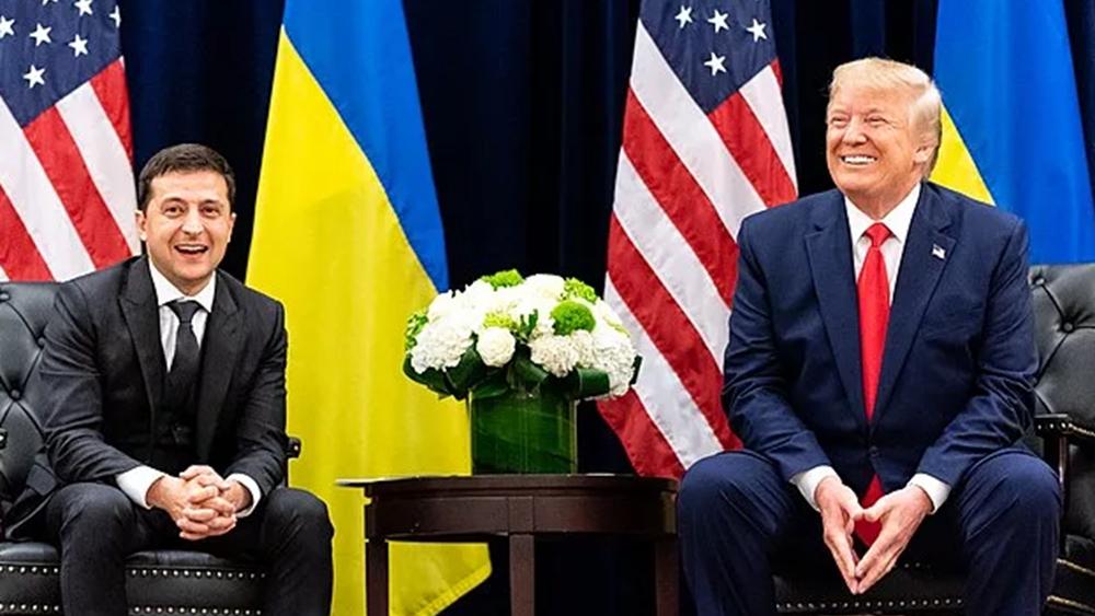 """Βουλή των ΗΠΑ: Ο Τραμπ επεδίωξε ξένη ανάμειξη στις εκλογές  - Λευκός Οίκος: """"Καμία απόδειξη"""""""