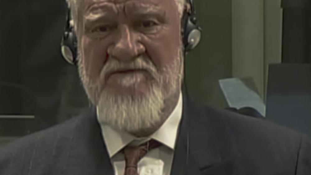Με κυάνιο αυτοκτόνησε ο Σλόμπονταν Πράλγιακ στο δικαστήριο της Χάγης