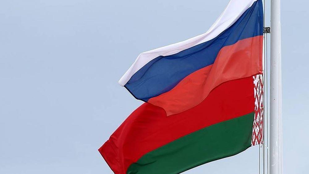 Ο Μακρόν σε Λιθουανία - Λετονία, ο Ρώσος υπουργός Άμυνας στη Λευκορωσία