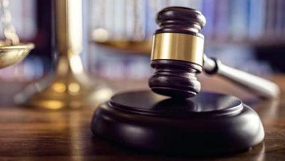 Ελεύθεροι με χρηματικές εγγυήσεις αφέθηκαν οι συλληφθέντες για την υπόθεση χρηματισμού στο λιμάνι της Θεσσαλονίκης