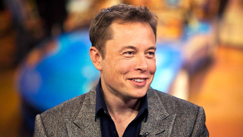 Ο Elon Musk συνεχίζει τις παράξενες αναρτήσεις στο Twitter