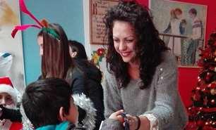 Είδη πρώτης ανάγκης σε ευάλωτες οικογένειες και εκπαιδευτικά δώρα σε παιδιά διένειμε ο Όμιλος ΕΛΠΕ