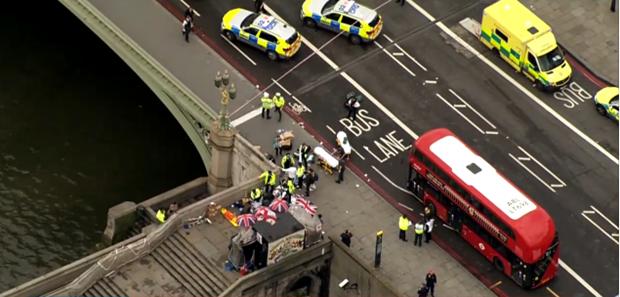 Ο Khalid Masood ήταν ο δράστης της επίθεσης στο Λονδίνο, σύμφωνα με την αστυνομία