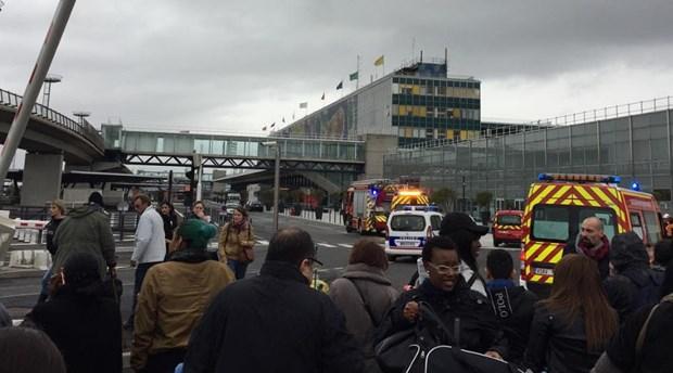 Γαλλία: Επαναλειτουργούν όλοι οι τερματικοί σταθμοί του αεροδρομίου Orly