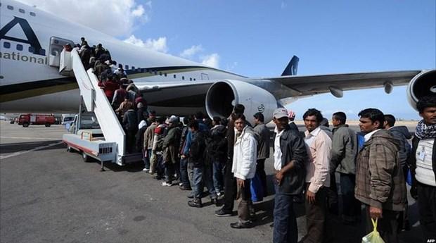 Επαναπροωθεί η Γερμανία 3.000 πρόσφυγες στην Κρήτη