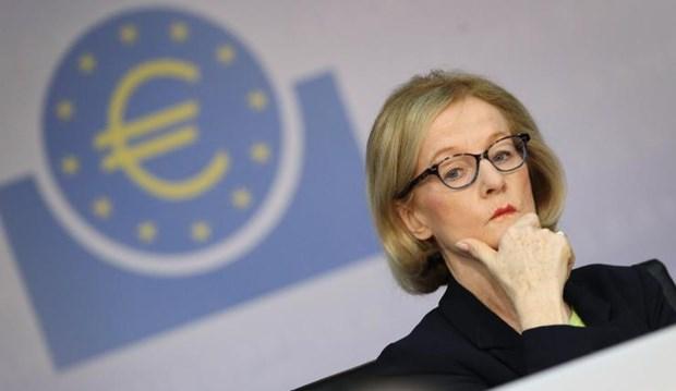 Μπλόκο από SSM στην αγορά ομολόγων ΔΕΚΟ από τις ελληνικές τράπεζες