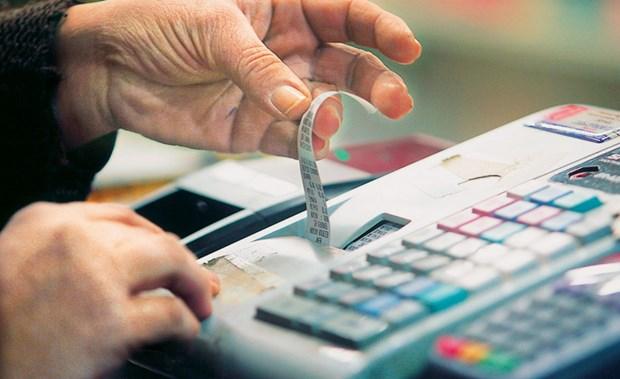 Για πρώτη φορά κάτω από το στόχο τα έσοδα από ΦΠΑ