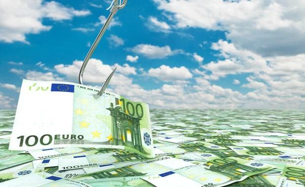 Aναζητούν τουλάχιστον 2,5 δισ. ευρώ από συντάξεις και επιδόματα