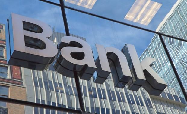 Ανοίγει θέμα συγχωνεύσεων για τις ελληνικές τράπεζες