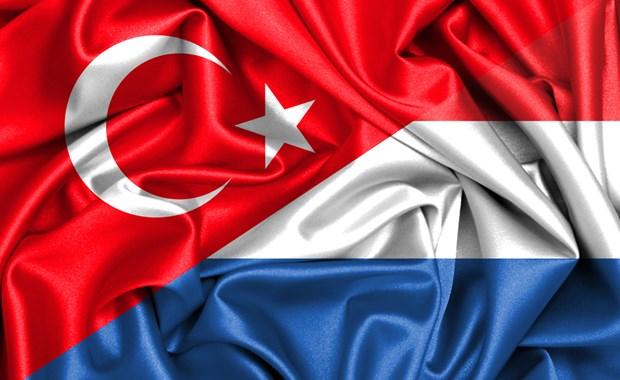 Τουρκία: Απαγορεύει την επιστροφή του Ολλανδού πρέσβη στην Άγκυρα