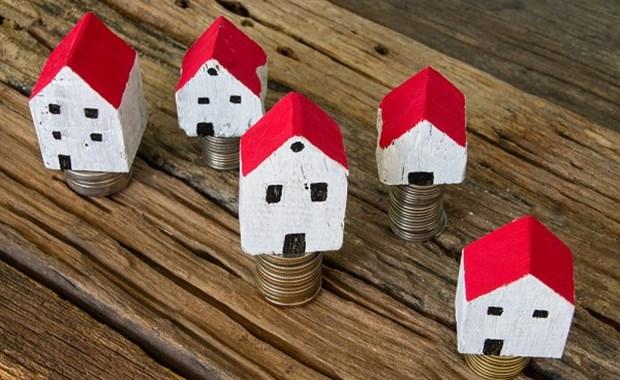 """Έμμεσο """"κούρεμα"""" στα στεγαστικά δάνεια ετοιμάζουν οι τράπεζες"""