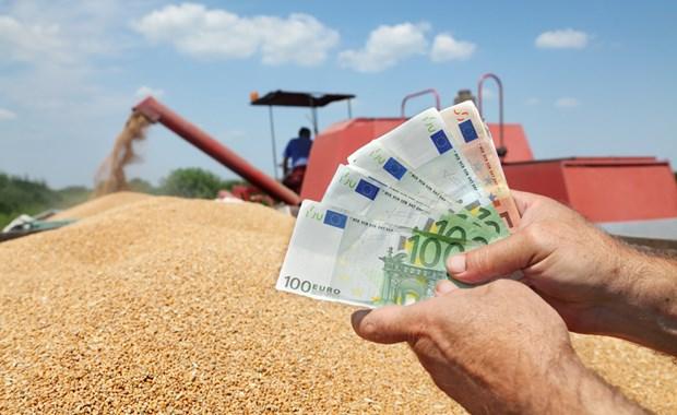 Οικονομική ενίσχυση από 17.000-22.000 ευρώ για 12.000 νέους αγρότες