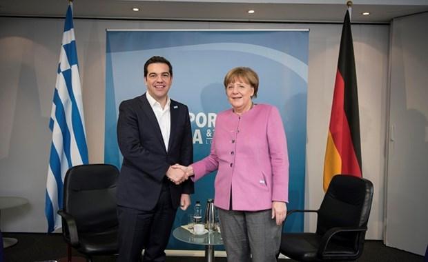 """Στους """"Θεσμούς"""" παρέπεμψε η Merkel τον Τσίπρα"""