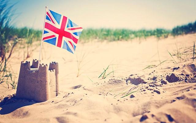 Προς άρση το ταξιδιωτικό μπλόκο στη Μ. Βρετανία
