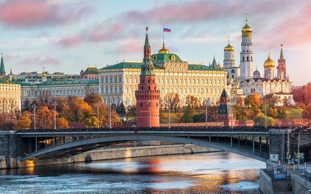 Η Μόσχα διευρύνει τη λίστα αξιωματούχων της ΕΕ που δεν επιτρέπεται να εισέλθουν στη Ρωσία