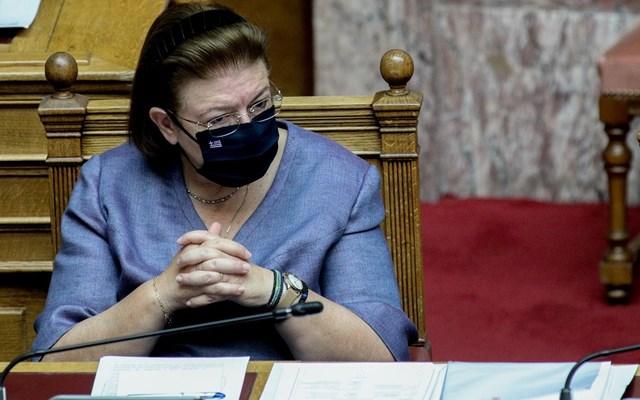 Πρόταση δυσπιστίας - Λ. Μενδώνη: Ο ΣΥΡΙΖΑ ξεχνά ότι δοκιμάστηκε και απέτυχε