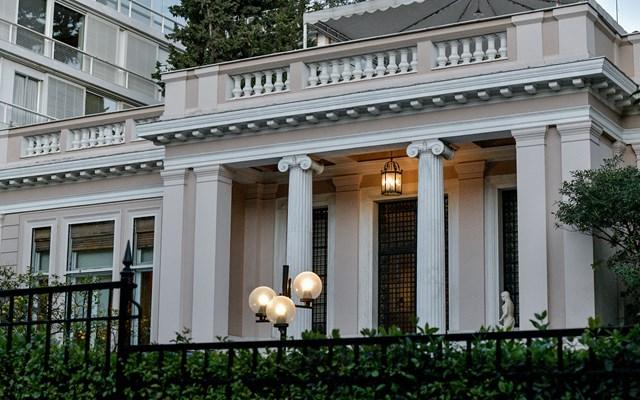 Κυβερνητικές Πηγές: Ας φροντίσει ο Α. Τσίπρας, στις μακρές διακοπές του, να ενημερώνεται στοιχειωδώς