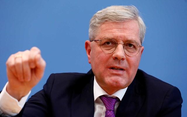Ρέτγκεν: Υπέρ μιας διεθνούς στρατιωτικής αποστολής με τη συμμετοχή Γερμανών στη Λιβύη