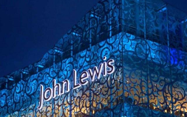Η John Lewis θα κλείσει 8 καταστήματα, οδηγώντας στην πιθανή απώλεια 1.300 θέσεων εργασίας
