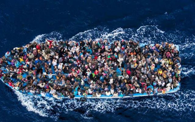 Μυτιλήνη: Βάρκα με 27 πρόσφυγες και μετανάστες έφθασε σήμερα στη Θερμή
