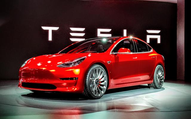 Η μετοχή της Tesla έχει εκτοξευθεί. Μήπως είναι ένδειξη φούσκας ;