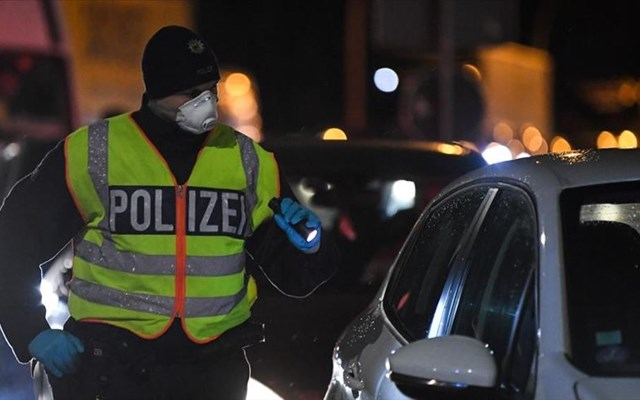 Η Γερμανία επεκτείνει το μέτρο της κοινωνικής αποστασιοποίησης έως 29 Ιουνίου