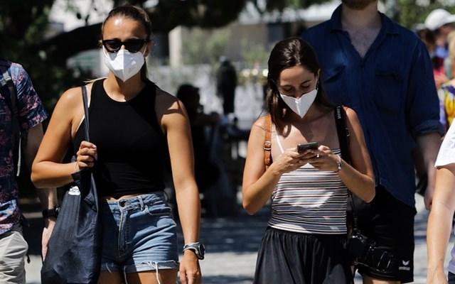 KΑΠΑ Research: Ένας στους τέσσερις πολίτες δηλώνει πως δεν τηρεί τα μέτρα προστασίας