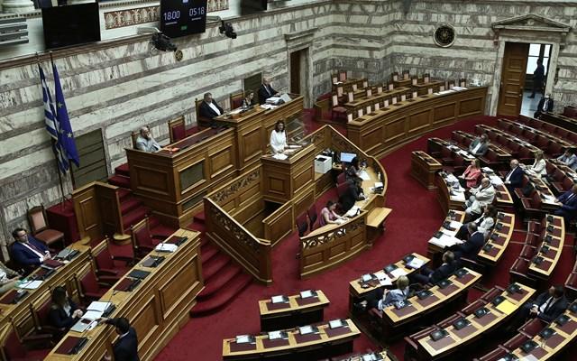 Βουλή: Τους χειρισμούς της Τουρκίας κατήγγειλαν τα κόμματα