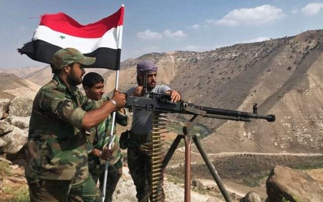 Συρία: Τουλάχιστον 50 νεκροί σε μάχες μεταξύ φιλοκυβερνητικών δυνάμεων και τζιχαντιστών του ΙΚ