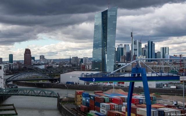 Η πολιτική της ΕΚΤ καταλύτης οικονομικών μεταρρυθμίσεων