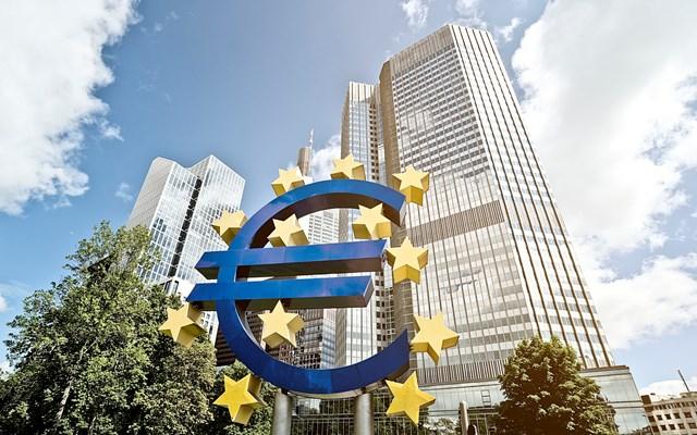 Ευρωζώνη: Διχασμένη η ΕΚΤ για την πολιτική που πρέπει να ακολουθήσει
