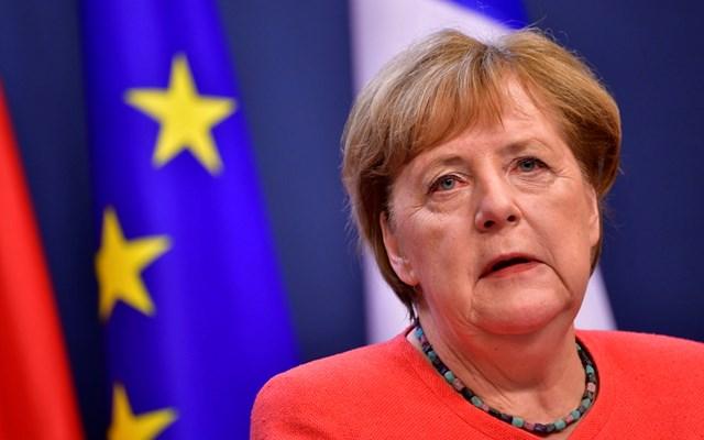 Γερμανία-κορονοϊός: Η Merkel θέλει να κλείσουν όλα τα μπαρ και τα εστιατόρια