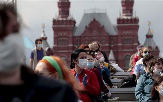 Η Ρωσία υπόσχεται εκατοντάδες χιλιάδες δόσεις ενός εμβολίου κατά του νέου κορονοϊού από το 2020
