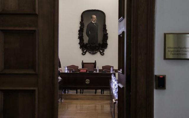 Προανακριτική για Παπαγγελόπουλο: Αναβολή της συνεδρίασης για την επικύρωση του πορίσματος ζητεί ο ΣΥΡΙΖΑ