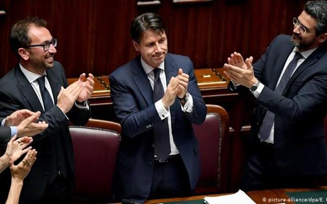 Ιταλία: Αναβιώνουν τα πολιτικά πάθη