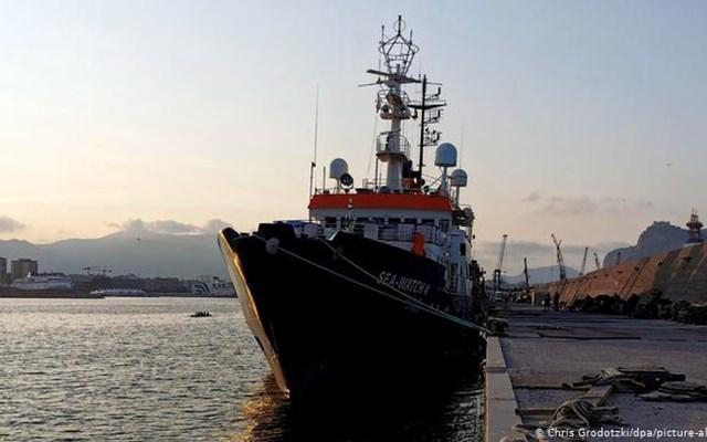 Ιταλικό φρένο στους διασώστες του Sea Watch