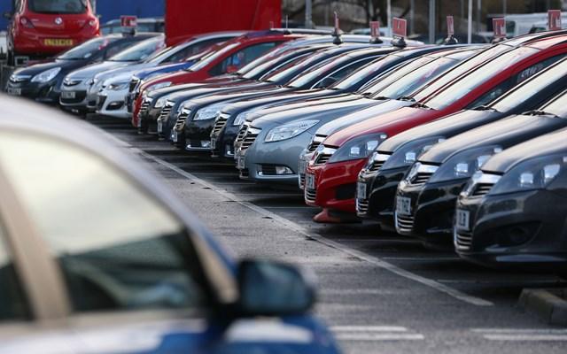 Πτώση 24,7% στις πωλήσεις αυτοκινήτων τον Ιούνιο