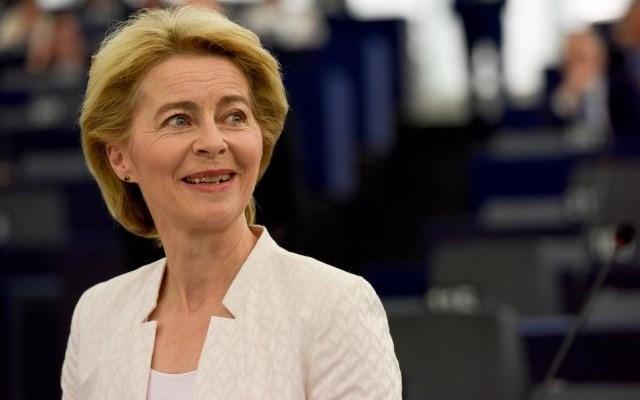Ούρσουλα φον ντερ Λάιεν: Η ΕΕ θα εφαρμόσει το σχέδιο της Διάσκεψης για τη Λιβύη
