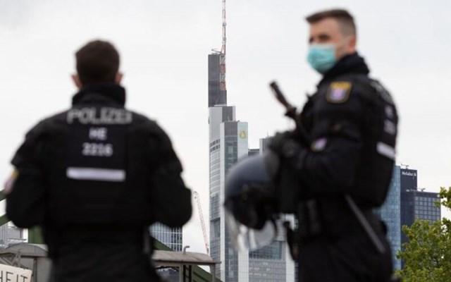 Γερμανία: Όχημα έπεσε πάνω στη πύλη της καγκελαρίας στο Βερολίνο