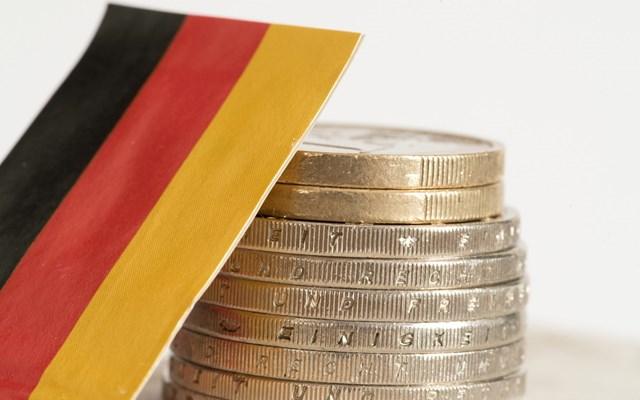 Για τον κίνδυνο σοβαρής τραπεζικής κρίσης στη Γερμανία το 2021 προειδοποιεί γερμανός οικονομολόγος