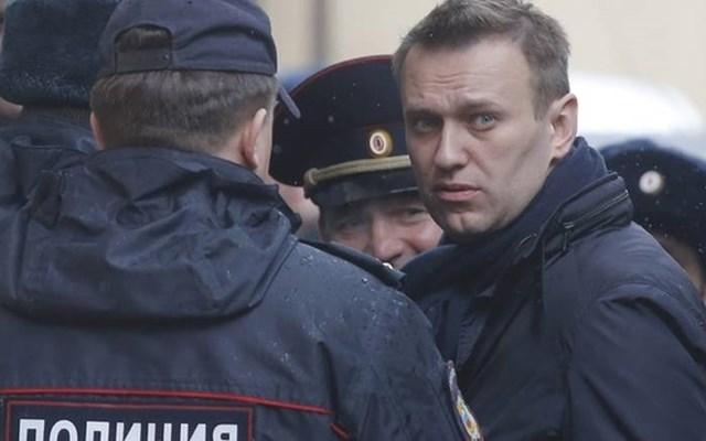 Ρωσία: Ο ηγέτης της αντιπολίτευσης Αλ. Ναβάλνι εκλήθη σε ανάκριση για συκοφάντηση βετεράνου πολέμου