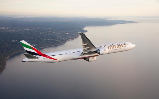 Η Emirates θα απολύσει και άλλους πιλότους και μέλη πληρωμάτων καπμίνας