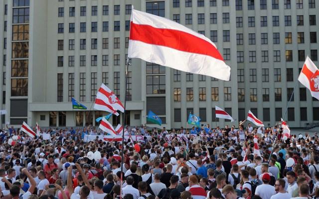 Λευκορωσία: Νέες συλλήψεις στο Μινσκ κατά τη διάρκεια κινητοποιήσεων κατά του προέδρου Λουκασένκο