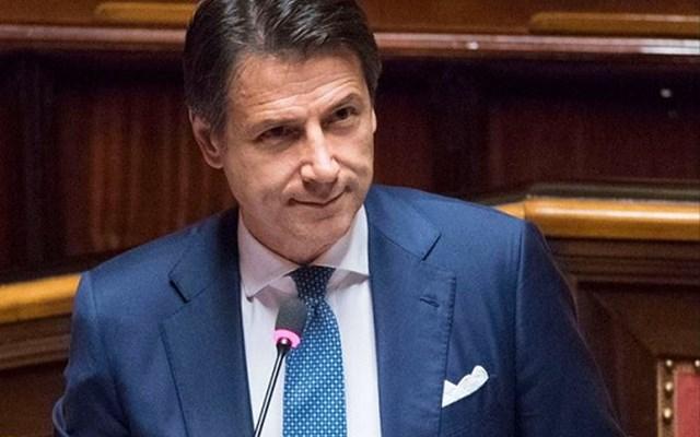 Ιταλία: Συγκέντρωση της ακροδεξιάς κατά της κυβέρνησης Κόντε