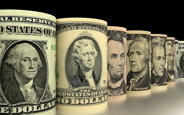 Οι εθισμένοι στο χρέος γίγαντες των ΗΠΑ που φορτώθηκαν 2,5 τρισ. και από blue chips έγιναν... σκουπίδια